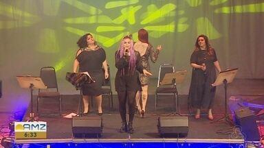 Grupo de mulheres presta homenagem aos Beatles no Teatro Amazonas - Músicas ganharam roupagem nova.