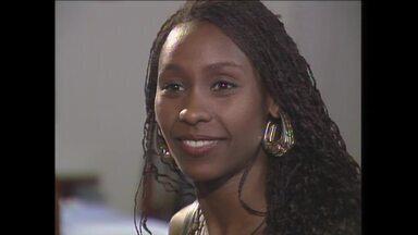 Reveja matéria com Corona, cantora por traz do hit 'The Rhythm of The Night' - O Video Show fez uma matéria com ela, em 1994