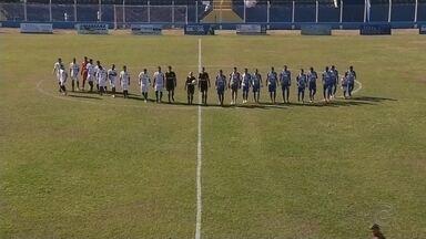 Fernandópolis bate Osvaldo Cruz por 1 a 0 e consolida liderança - Em partida equilibrada, time da casa garantiu vitória com gol do atacante Gildo, no primeiro tempo, e impôs a primeira derrota ao Azulão desde que o novo treinador, Betão Alcântara, assumiu a equipe.