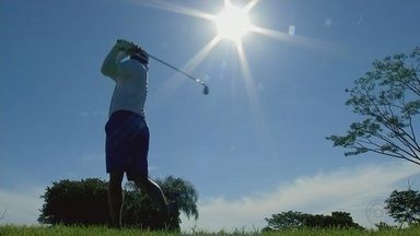 Golfista confirma favoritismo e fatura torneio em Rio Preto - Golfista confirma favoritismo e fatura torneio em Rio Preto neste fim de semana.