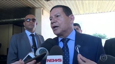 Secretário de Comunicação diz que Bolsonaro afirmou: 'Confiamos no ministro Moro' - 'Conversa privada é conversa privada', diz vice-presidente Mourão. Vice afirma que não vê nada de mais nas conversas entre Moro e Dallagnol.