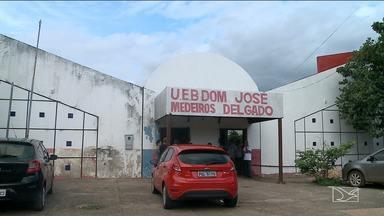 Após reforma, escola em São Luís continua cheia de problemas - Escola Municipal Dom José Medeiros Delgado também atrasou o início das aulas.
