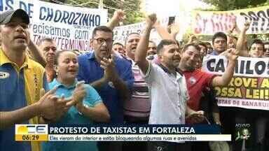 Taxistas protestam em Fortaleza - Saiba mais em g1.com.br/ce