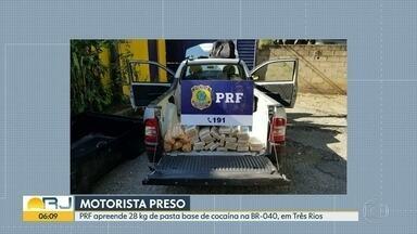 Homem é preso com quase 30 quilos de pasta base de cocaína - Ele foi detido na BR-040, na altura de Três Rios, por agentes da Polícia Rodoviária Federal.