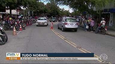 Avenida Lourival José da Silva volta a funcionar normalmente em Caruaru - Rua havia sido interditada por conta da primeira etapa da requalificação da Rua 15 de Novembro.