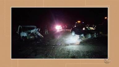 Caminhoneiro morre em Canoas após veículo tombar por cima dele - E na BR-386, um motorista morre e outro fica internado em acidente de trânsito.