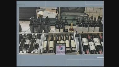 Polícia apreende bebidas irregulares em Dionísio Cerqueira - Polícia apreende bebidas irregulares em Dionísio Cerqueira