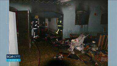 Casa da família de bebê violentado pelo pai foi incendiada por populares - Inquérito aponto que o bebê sofreu agressões e foi violentada pelo próprio pai.