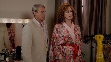Quinzão defende Lidiane - Mercedes se surpreende com a atitude do marido
