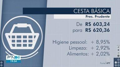 Preço do quilo do tomate sobe mais de 30% em Presidente Prudente - Cesta básica registrou aumento na cidade.