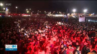 Forró marca segunda noite do São João de Araripina - Flávio Leandro foi uma das atrações