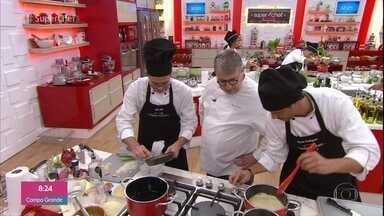 Participantes preparam ovo mollet na prova da 'Imunidade' do 'Super Chef Celebridades' - A prova foi feita individualmente