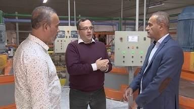 Franquias no setor de casa e construção registram melhor desempenho no 1º tri de 2019 - Uma fábrica de tintas é ideal para quem gosta da área comercial.