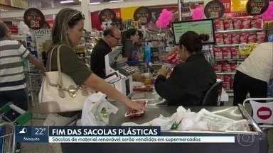 Sacolinhas plásticas vão sumir dos supermercados a partir de 4ª feira (26) - Lei estadual obriga substituição por sacolas de material renovável.