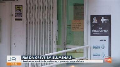 Servidores de Blumenau decidem encerrar greve após 23 dias - Servidores de Blumenau decidem encerrar greve após 23 dias