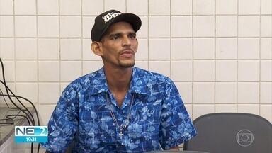 Ambulante é preso suspeito de atirar contra passageiro em terminal de ônibus - José Renato da Silva se entregou à polícia e foi autuado em flagrante por homicídio.