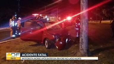 Mulher morre em acidente na madrugada de domingo (30) - A vítima, de 51 anos, bateu em uma árvore no fim do Lago Norte.