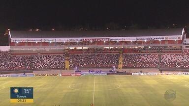Botafogo-SP vence o Corinthians na inauguração da nova arena em Ribeirão Preto - Placar terminou em 2 a 1 para o time anfitrião.