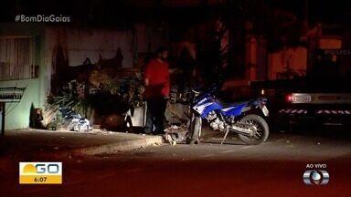 Motociclista morre em acidente em Goiânia - Polícia está no local para iniciar os trabalhos.