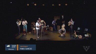 Festival de Teatro do Kaos tem apresentação de espetáculos premiados - Evento é promovido até domingo (7).