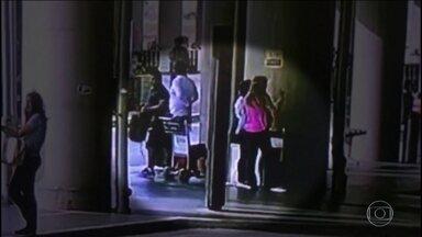 Ladrão de bagagens é preso pela quarta vez no Aeroporto Internacional de Guarulhos, em SP - O peruano Victor Hugo foi preso no saguão do aeroporto. Ele tinha uma cúmplice, que conseguiu fugir no momento da abordagem.