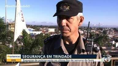 Polícia tem esquema de segurança especial para a Romaria de Trindade - PM mostra os esforços da corporação para manter os fiéis seguros.