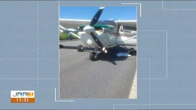FAB intercepta avião com mais de 400 kg de droga no Sul de Roraima - Monomotor foi obrigado a pousar em rodovia no município de Iracema. Duas pessoas foram presas.