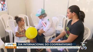 """""""Dia de Cooperar"""" ocorre na Associação Anjos de Luz, em Boa Vista - parte 2 - Diversos serviços sociais, de recreação e saúde são ofertados de graça à população neste sábado (6)."""