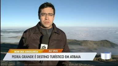Pedra Grande é atração turística pela paisagem e baixas temperaturas em Atibaia - Veja as informações com o repórter Lucas Rangel.