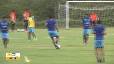 Reforços do CSA começam a treinar com o elenco - Alecsandro e Allan Costa devem estrear contra o Corinthians