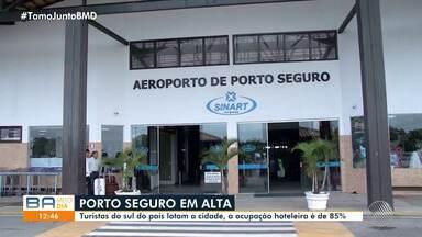 Porto Seguro recebe milhares de visitantes do sudeste e do sul do país no mês de julho - Cidade do extremo é um dos principais destinos turísticos da Bahia.