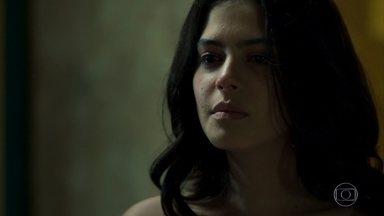 Laila confronta Dalila - Para se vingar, Dalila afirma ter dormido com Jamil