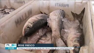 Pesca: moradores e turistas aproveitam movimento no comércio do alimento - Alimento é rico em vitamina D e ajuda na prevenção de doenças cardiovasculares.