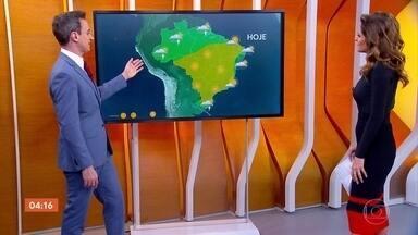 Massa de ar seco deixa tempo firme no Centro-Oeste, interior do Nordeste e no Sudeste - A previsão é de chuva no Nordeste. Confira a previsão do tempo para todo o país.