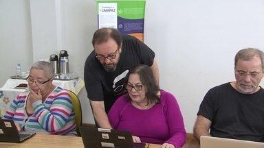 Idosos procuram curso em tecnologia para empreender - Uma pesquisa feita com mil pessoas de mais de 50 anos mostrou que 40% desse público quer abrir um negócio.