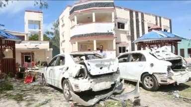 Atentado mata 26 em hotel na Somália - Grupo terrorista Al Shabaab assume a autoria