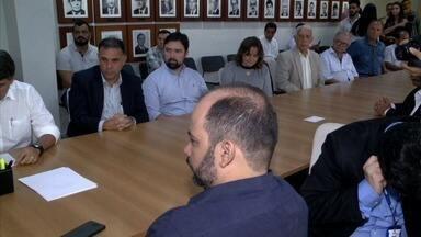 Governador assina decreto de suspensão de ICMS sobre o leite - Aproximadamente 12 mil produtores de leite de 28 municípios do Agreste e do Sertão vão ficar isentos do pagamento do imposto.