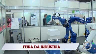 Feira reúne empresários e fomenta negócios em São José - São quase 50 empresários do Chácaras Reunidas que participam do evento.
