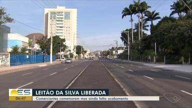 Comerciantes comemoram liberação da Leitão da Silva em Vitória mas ainda falta acabamento - Pista foi liberada nesta terça-feira (16).