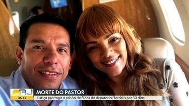 Justiça prorroga prisão de filhos da deputada Flordelis por 30 dias - Flávio e Lucas dos Santos são investigados pela morte do pastor Anderson do Carmo.
