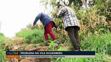 Prefeitura vai levar adiante sugestão de escadaria na Vila Hilgemberg - Moradores sugeriram que a prefeitura fizesse uma escadaria, ao invés de recuperar a rua.