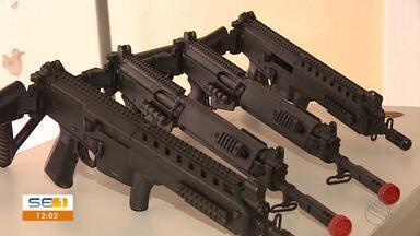 Polícias Civil e Militar de Sergipe recebem novos armamentos - Polícias Civil e Militar de Sergipe recebem novos armamentos.
