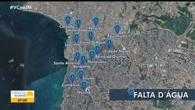 Mais de 10 bairros de Salvador têm o fornecimento de água suspenso pela Embasa - Confira a relação de locais onde o serviço está suspenso.