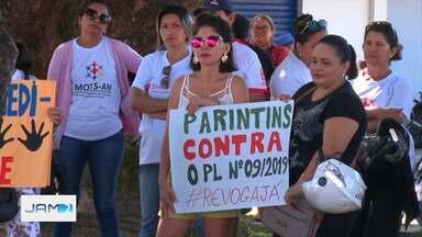 Municípios do AM têm protestos de servidores públicos estaduais - Atos aconteceram em Parintins e Santo Antônio do Içá.
