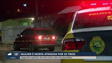 Polícia encontra carro que rondava casa de mulher morta no Fazendinha - O carro foi encontrado queimado e estava com alerta de roubo.