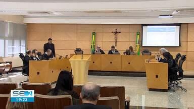 TCE adia julgamento de processo que pede anulação da aposentadoria de ex-conselheiro - Flávio Conceição foi aposentado compulsoriamente.