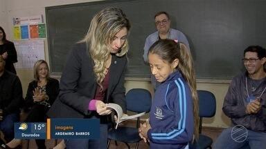 Alunos de escolas públicas convidam pesquisadores da SBPC a conhecerem escolas - SBPC, maior evento de ciências da América Latina, termina neste sábado.