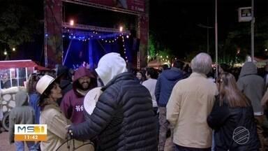 Friozinho ajuda população de Bonito e turistas a entrarem no clima do Festival de Inverno - Este ano está sendo realizada a 20ª edição do evento.