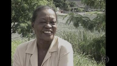 Ruth de Souza morre aos 98 anos e Fantástico relembra os mais de 70 anos de carreira - Primeira atriz negra a se apresentar no Teatro Municipal do Rio também deixa seu nome marcado na história da televisão e do cinema.