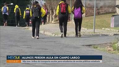 Alunos perdem aula em Campo Largo por falta de ônibus nesta segunda-feira (29) - O transporte escolar para estudantes de escolas públicas estaduais não está circulando na cidade desde quinta-feira (25).